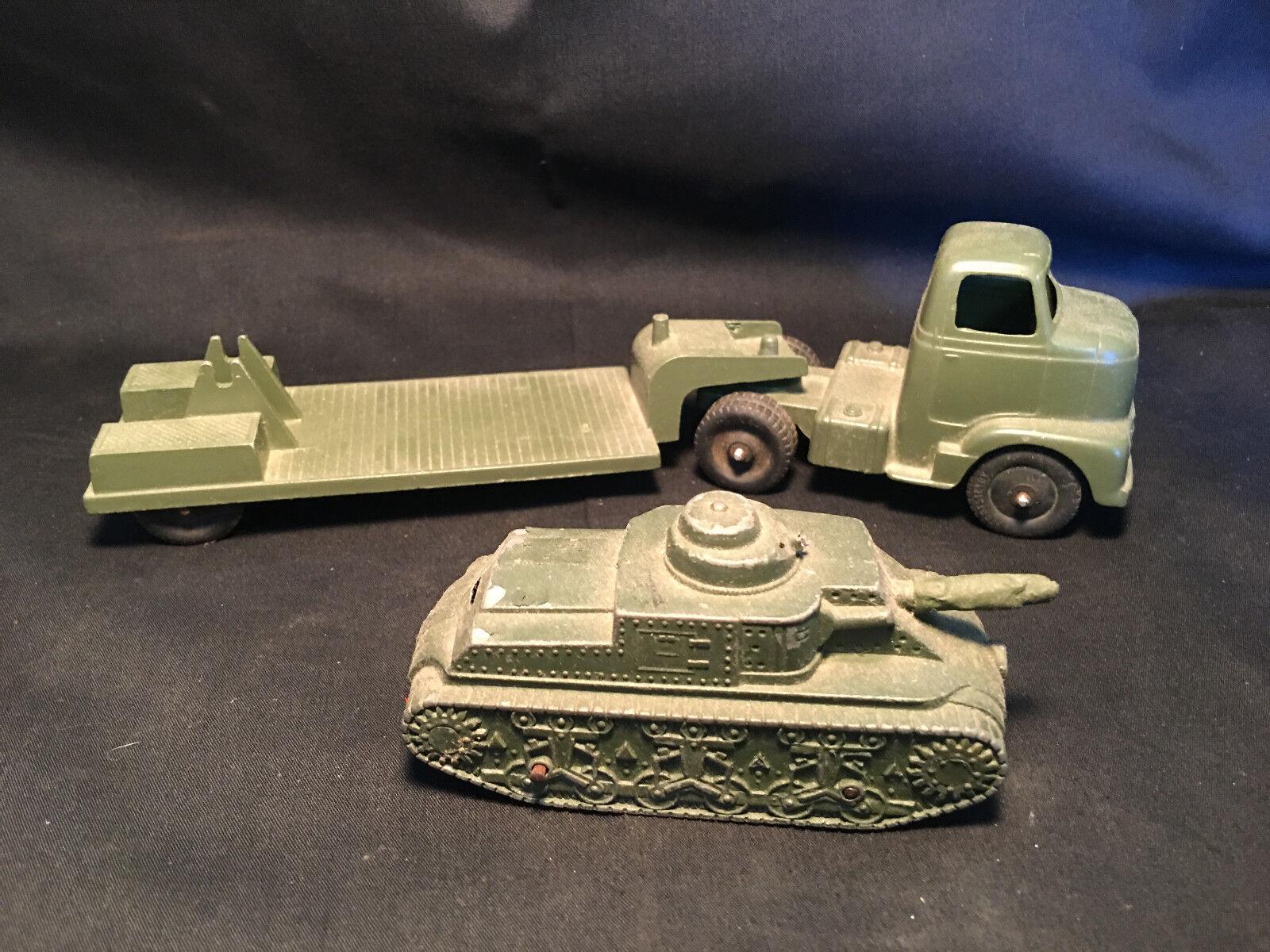 Antiguo De Colección Tootsietoy Army Tank Transporter Transporter Transporter Remolque Con Tanque Hecho en EE. UU. 1445e1