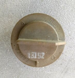 Details About 1996 2007 Chrysler Town Country Jeep Liberty Tail Light Bulb Socket Mopar Oem