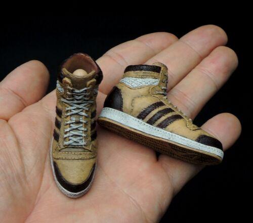 1//6 Scale DAM TOYS Gangsters Kingdom GK002 Spade 2 Nelson Sneakers w// Pegs