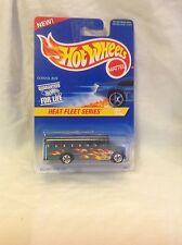 Hot Wheels Heat Fleet Series #2 of 4 School Bus collector #538