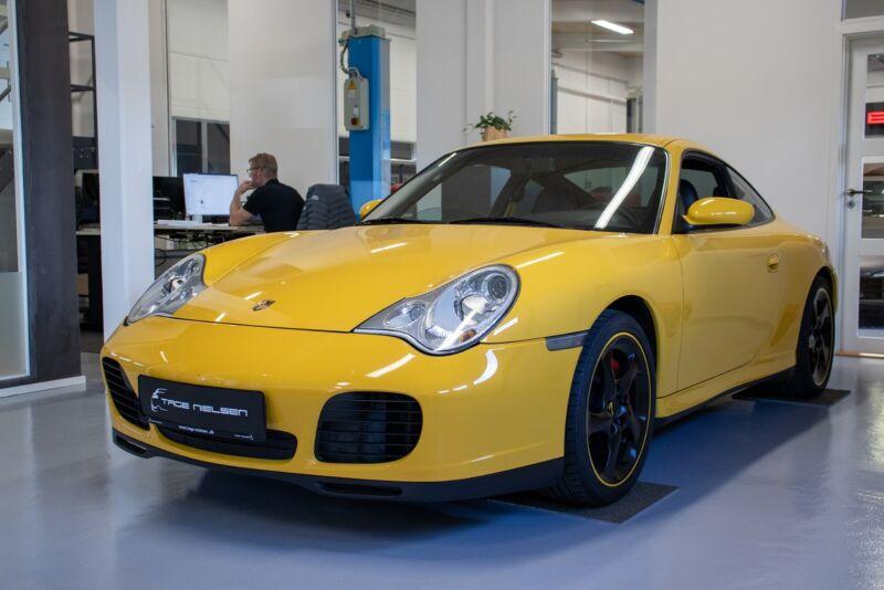 Porsche 911 Carrera 4S Coupé Tiptr. - 1