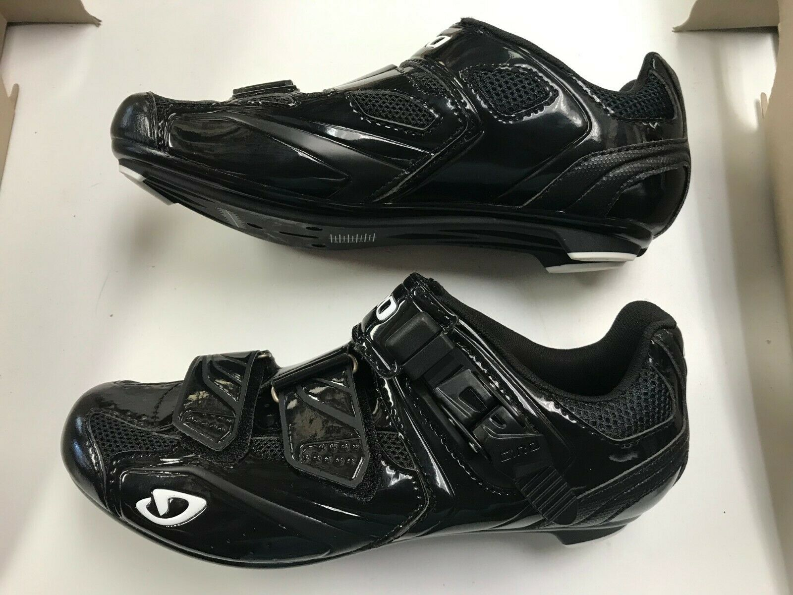 NEW in Box Giro Apeckx Mens Cycling schuhe EU 40 US 7.5 Road schuhe