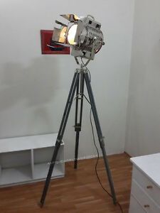Nautical-Searchlight-Spot-Light-With-wooden-Tripod-Dream-Work-Search-light