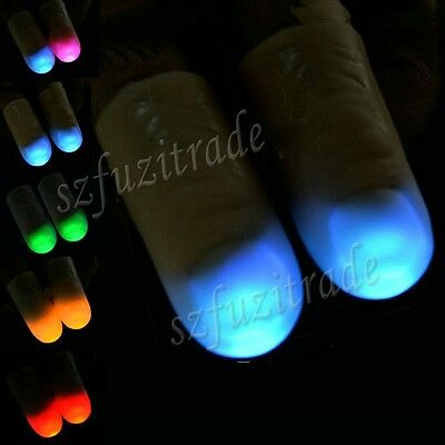 2x Magic Light Up Thumbs Fingers Flashing LED Light Party Magician Trick Props