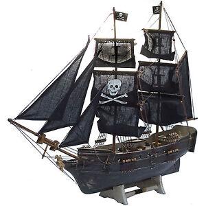 Piraten-Segelschiff-Piratenschiff-Segelboot-ca-80cm-Deko-Standmodell-Neu