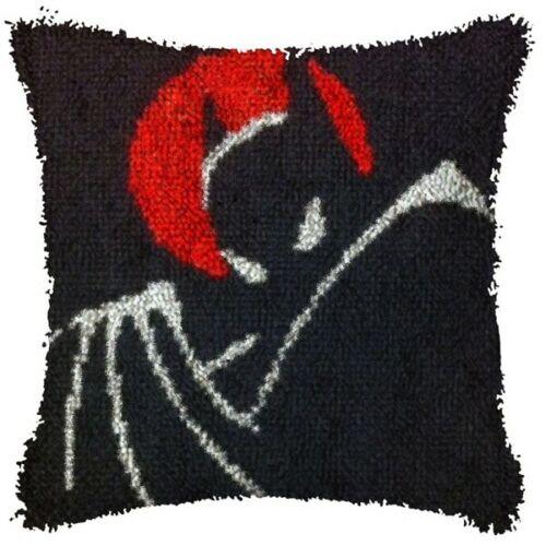 BATMAN TAS ~ FLASH SALE LATCH HOOK PILLOW KIT 15.7 X 15.7 INCHES