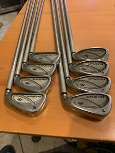 WILSON-STAFF-FS-FAT-SHAFT-IRON-SET-4-PW-SW-GOLF-CLUBS-LADIES-FAT-GRAPHITE-SHAFTS