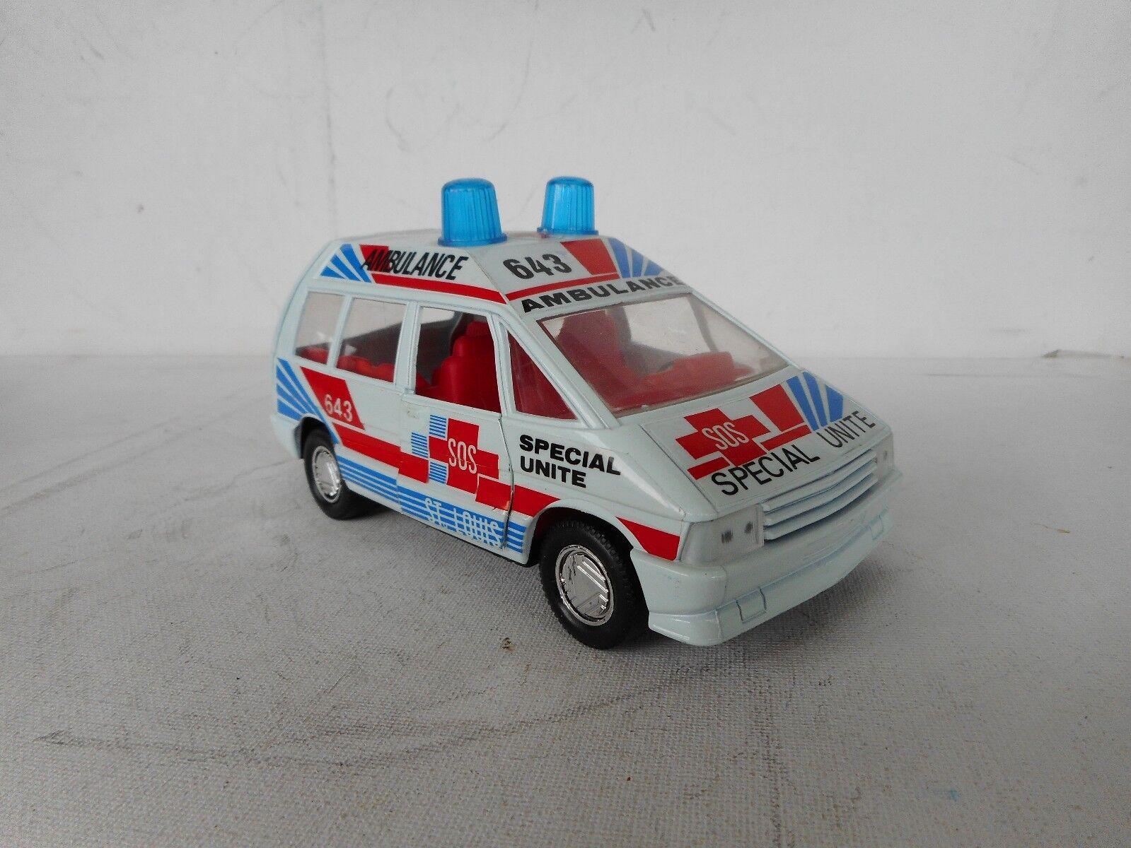 Mira spanien vintage renault espace 1  25 - skala krankenwagen, sehr guter zustand.