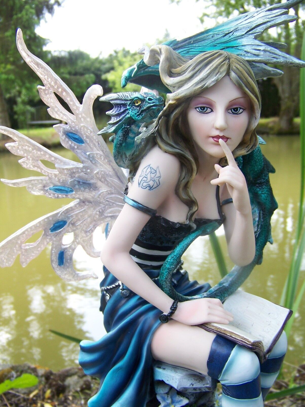 15312 large statuette figurine fee fairy elf dragon heroic fantasy gm