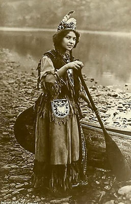 Traditional Photo Picture Vintage Framed Print Native American Indian Woman