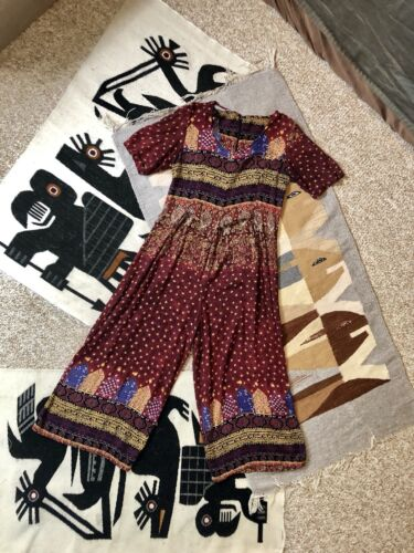 Vtg 80s Maroon Boho Short Sleeve Ornate Indian Ray