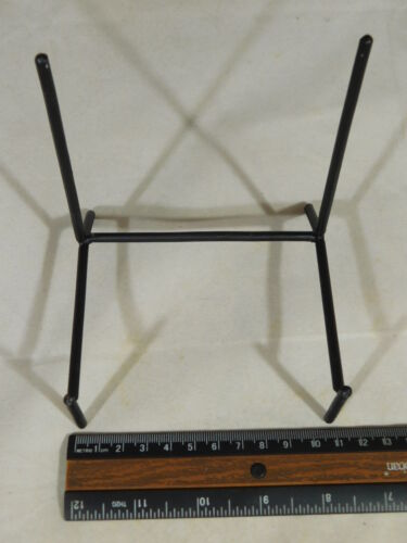5 Very Sturdy Large Sized Black Iron Easel Display Stands! A Lot of Five