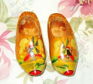 Vintage Wooden Shoes 8 Collectible Holland Decorative Souvenir Home Decor Wood Clog
