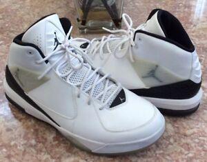 ade22bf703d Nike Air Jordan Incline Men s White Black Basketball Shoes Sz13 ...