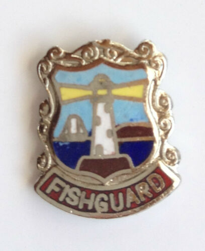 FISHGUARD PEMBROKESHIRE WALES QUALITY ENAMEL LAPEL PIN BADGE
