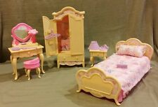Barbie Bedroom Set 1996 #67552-91 for her Folding Pretty House! MINT CONDITION !