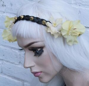 YELLOW GOLD FLOWER CROWN BLACK STUDDED HIPPY PASTEL FESTIVAL GRUNGE ... 18b6b74c362