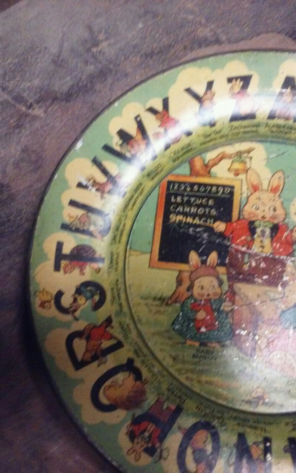 Circa 1920s Tin Litho Peter Rabbit and Friends ABC Plate Plate Plate Rare Tindeco 6f59f0