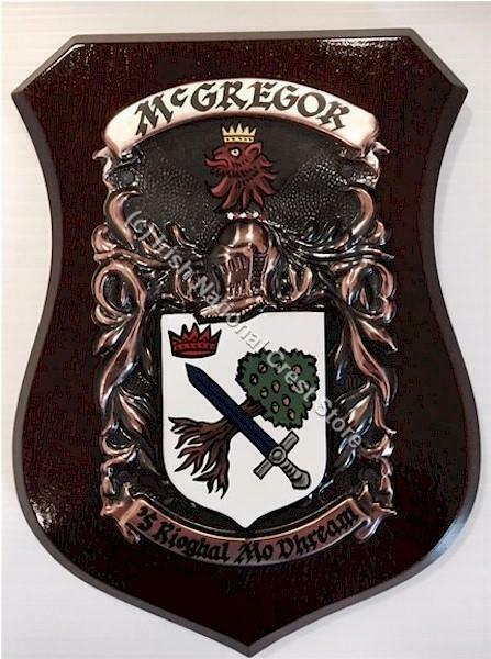 GrünE to HAGAN Family Name Crest on HANDPAINTED PLAQUE - Coat of Arms