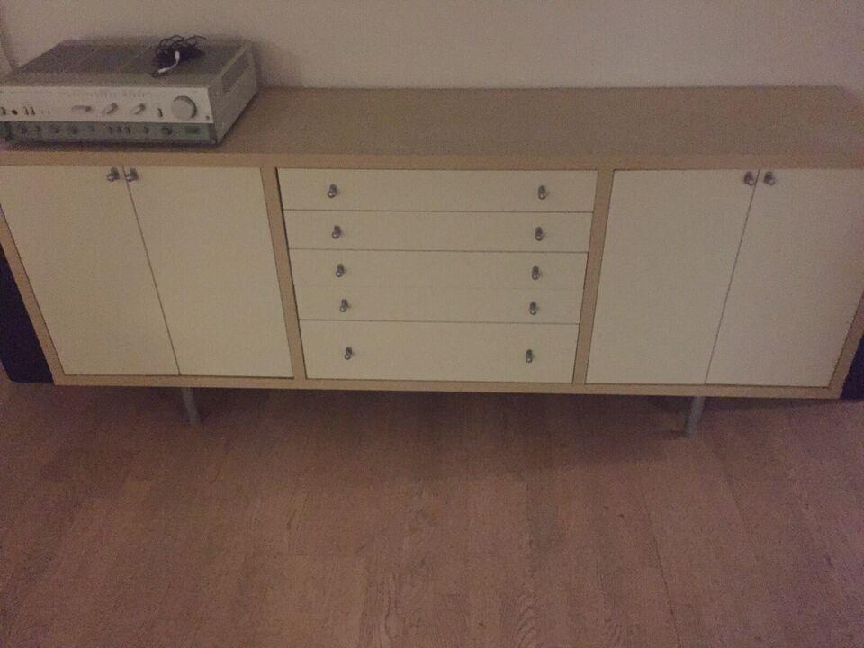Skænk , IKEA