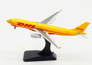 1:400 JC WINGS DHL Express AIRBUS A330-200F Passenger Aircraft Diecast Model