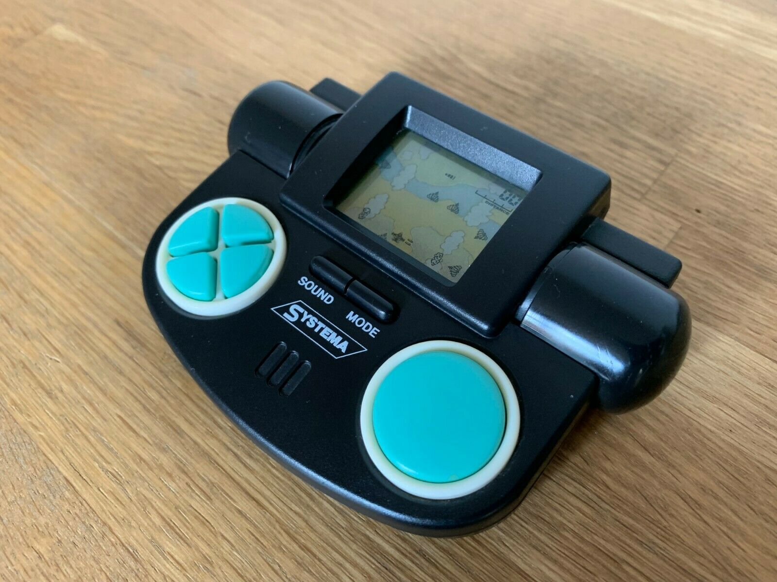 Systema lucharemos 1990 Vintage LCD portátil juego electrónico-casi nuevo Excelente.
