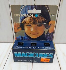 Sylvania Blue Dot Magicubes 3 Cubes 12 Flashes New Open Box 1970s