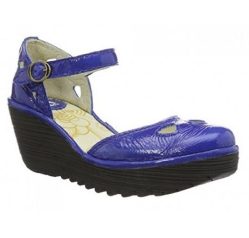 FLY LONDON WOMEN YUNA CLOSEDTOE WEDGE BLUE