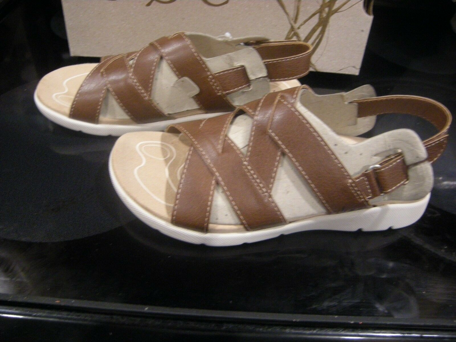 Brand New Womens Brown Born Coralee Sandals, Size 9 M