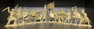 Soldatini di Publius Crociate Saraceni Cavalieri Plastica gommata morbida 1/32