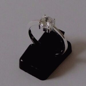 925-STERLING-SILVER-ROUND-CUBIC-ZIRCONIA-RING-size-N-everyday-wear