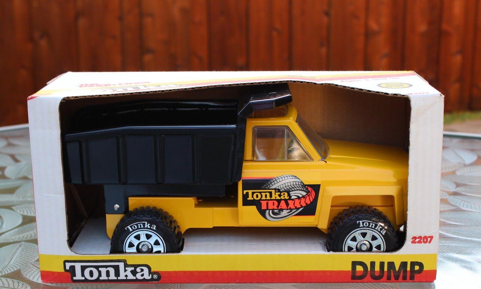 La cantera de Tonka desCochegó el camión 35, 23, 27, estructuras de acero, juguetes agrícolas 1985, NIB.