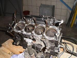 fzs-1000-fazer-01-05-motor-engine-fzs1000-parte-del-vehiculo-es-tambien