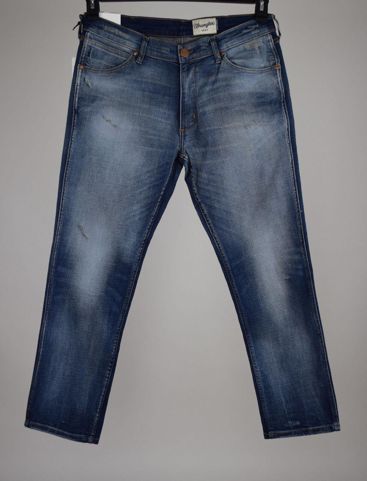 Wrangler Mens bluee Greensbgold Regular Fit Modern Straight Jeans 34x30 34X32