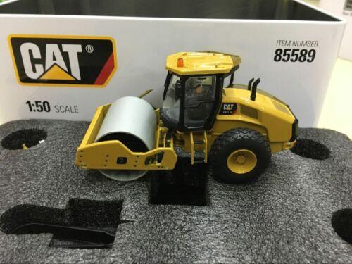 Caterpillar Cat CS11 GC Vibratory Soil Compactor 1:50 Diecast Masters DM85589