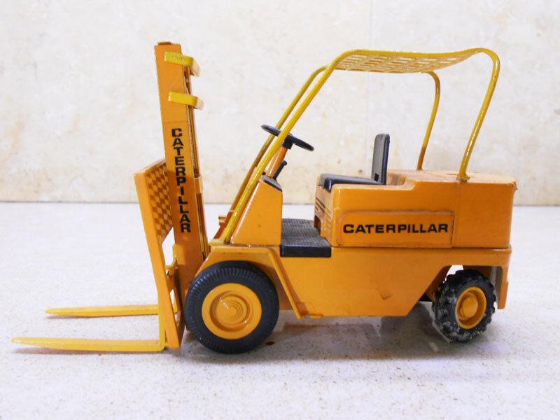 Caterpillar Nº 215 Chariot Élévateur à Fourche-échelle 1 70 par JOAL MADE IN ESPAGNE-presque Comme neuf 31
