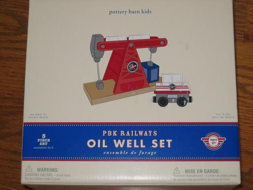 POTTERY BARN KIDS pbk RAILWAYS OIL OIL OIL WELL SET for TRAIN 79c00c