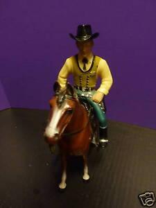 HARTLAND-1950-039-S-Cowboy-WYATT-EARP-w-HORSE-NICE