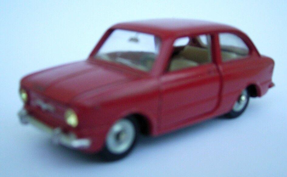 FIAT 850 DINKY TOYS  1.43 e métal  fabrication années 60  réductions incroyables
