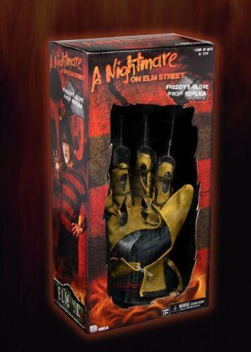 Nightmare on Elm Street Robert Englundl Freddy krueger guanto PROP REP 1984 NECA