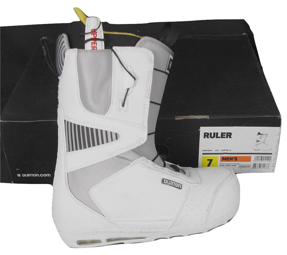 NEW  Burton Ruler Mens Snowboard Boots   Brown or White   7 or 7.5