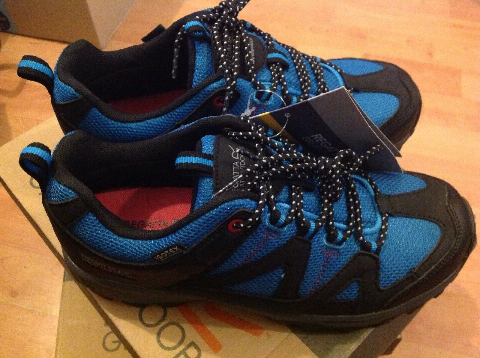 Ladies Regatta Great Outdoors bluee Size 4 New Shop Clearance RRP