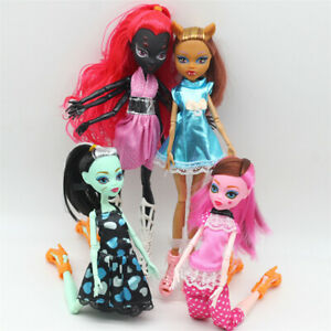 Monster-High-Doll-Lot-4pcs-Set-Dolls-Draculaura-Lagoona-Wolf-Mattel-Clothes-Gift