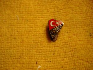 Vintage-RARE-Turkey-Federation-football-soccer-badge-button-hole-sign-pin