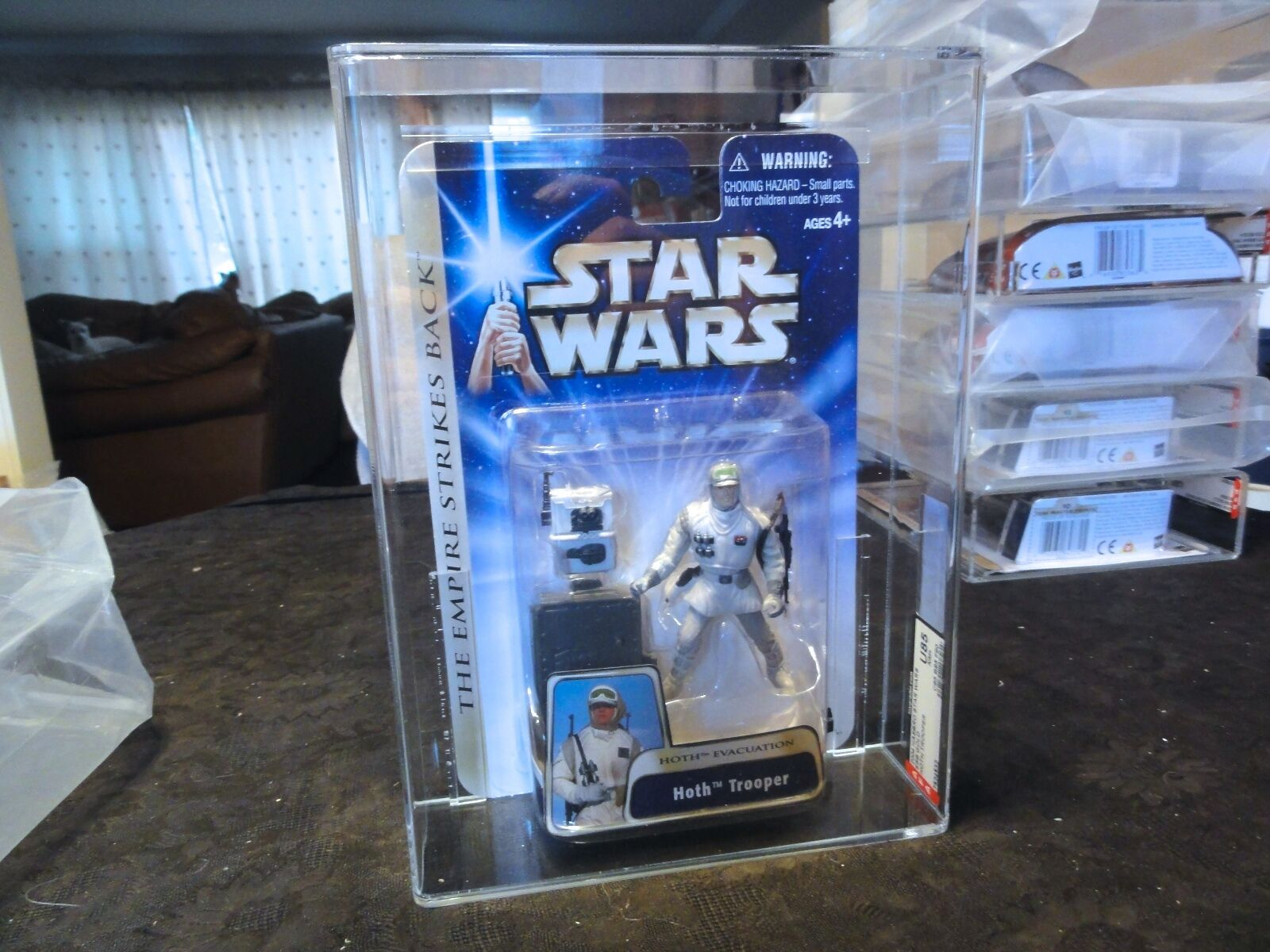 Star Wars 2004 2004 2004 ESB Hoth Trooper AFA Sealed MIB BOX e7f708