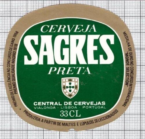 PORTUGAL Central de Cervejas SAGRES PRETA 33cl beer label C1942 047