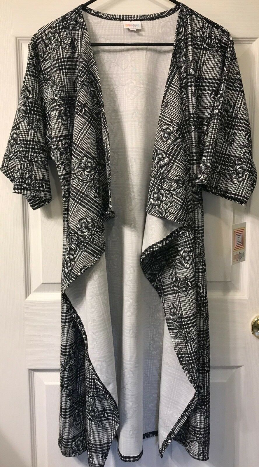 NEW LuLaRoe S Small schwarz Weiß Floral Flower Houndstooth Plaid Shirley Kimono