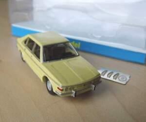 Tatra-613-1-von-1975-1-87-VV-Model