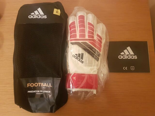 adidas Predator Fingersave Junior Goalkeeper Gloves Size 6 for sale ... 7496eb67a