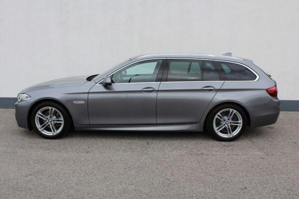 BMW 520d 2,0 Touring M-Sport aut. - billede 1